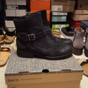Born Syd booties NWT